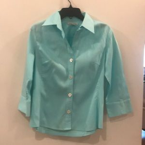 Banana Republic Aqua Stretch Button Down Top, M